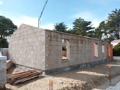 Bio  Bâtisse : bloc de chanvre